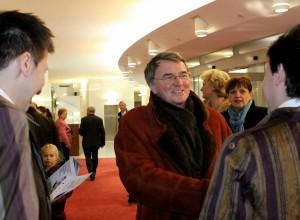 1. Organizátori vítajú herca a baletného maestra Vlastimila Harapesa